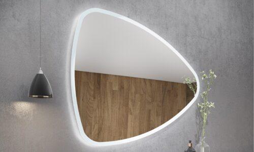 Oglindă retroiluminată LED triunghiulară